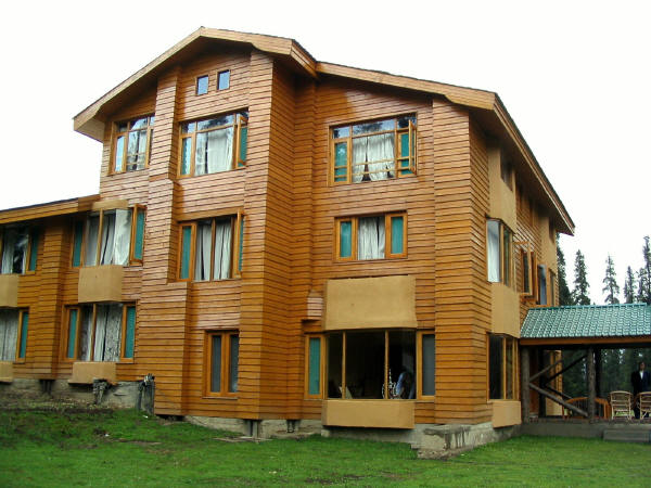 Pine Palace Resort Pahalgam